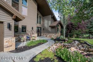8885 Sackett Drive, Park City, UT 84098