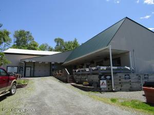 1446 Hamlin Hwy, Lake Ariel, PA 18436