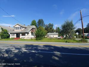 1806 W Main St, Stroudsburg, PA 18360