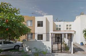 476 Benito Juárez, Casa Las Palmas, Puerto Vallarta, JA