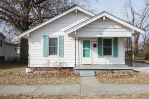 607 McKinley Ave., Moberly, MO 65270