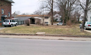 215 S 5th St., Moberly, MO 65270