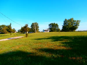 9158 Highway DD, Moberly, MO 65239