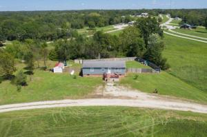 1006 S Papoose Dr., Keytesville, MO 65261