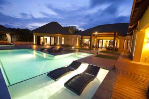 Villa by night