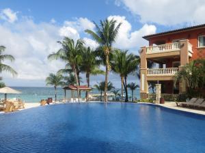 Infinity Bay Resort, West Bay, Infinity Bay Condo #1902B, Roatan,