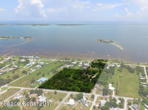 Property for sale at 13095 N Indian River Drive, Sebastian,  FL 32958
