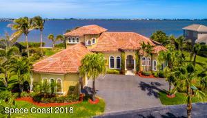 Property for sale at 8582 Eden Isles Lane, Merritt Island,  FL 32952