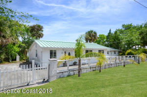 Property for sale at 5433 Riveredge Drive, Titusville,  FL 32780