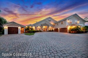 Property for sale at 4052 Tradewinds Trail, Merritt Island,  FL 32953