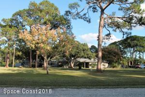 Property for sale at 1505 Pinetree Lane, Palm Bay,  FL 32907