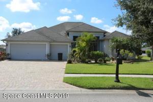 Property for sale at 105 SE Ridgemont Circle, Palm Bay,  FL 32909