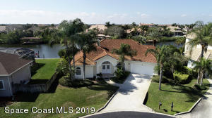 Property for sale at 8 Spinnaker Point Court, Indian Harbour Beach,  FL 32937