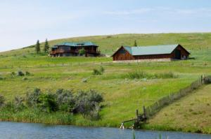 115 Columbus Creek Road, Dayton, WY 82836