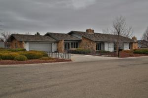 83 Scott Place, Sheridan, WY 82801
