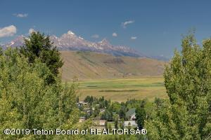 1040 UPPER CACHE CREEK DRIVE, Jackson, WY 83001