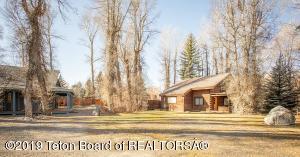 4220 RIADA LN, Wilson, WY 83014