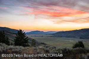400 RED TAIL BUTTE ROAD, Jackson, WY 83001