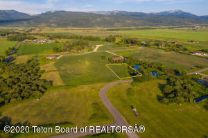 6145 FOX SPRINGS DR, Victor, ID 83455