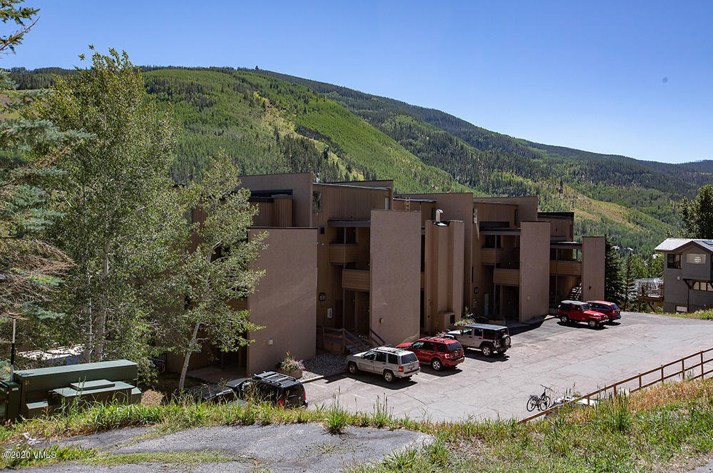 Wonderful opportunity to purchase a conveniently located condo in Vail. Close to the bus stop, making it just minutes to Vail Village and the slopes. New interior paint and fully remodeled kitchen.  South-facing two story windows bring in wonderful light with views towards Vail Mountain. Perfect for the first-time home buyer, weekender or investor.