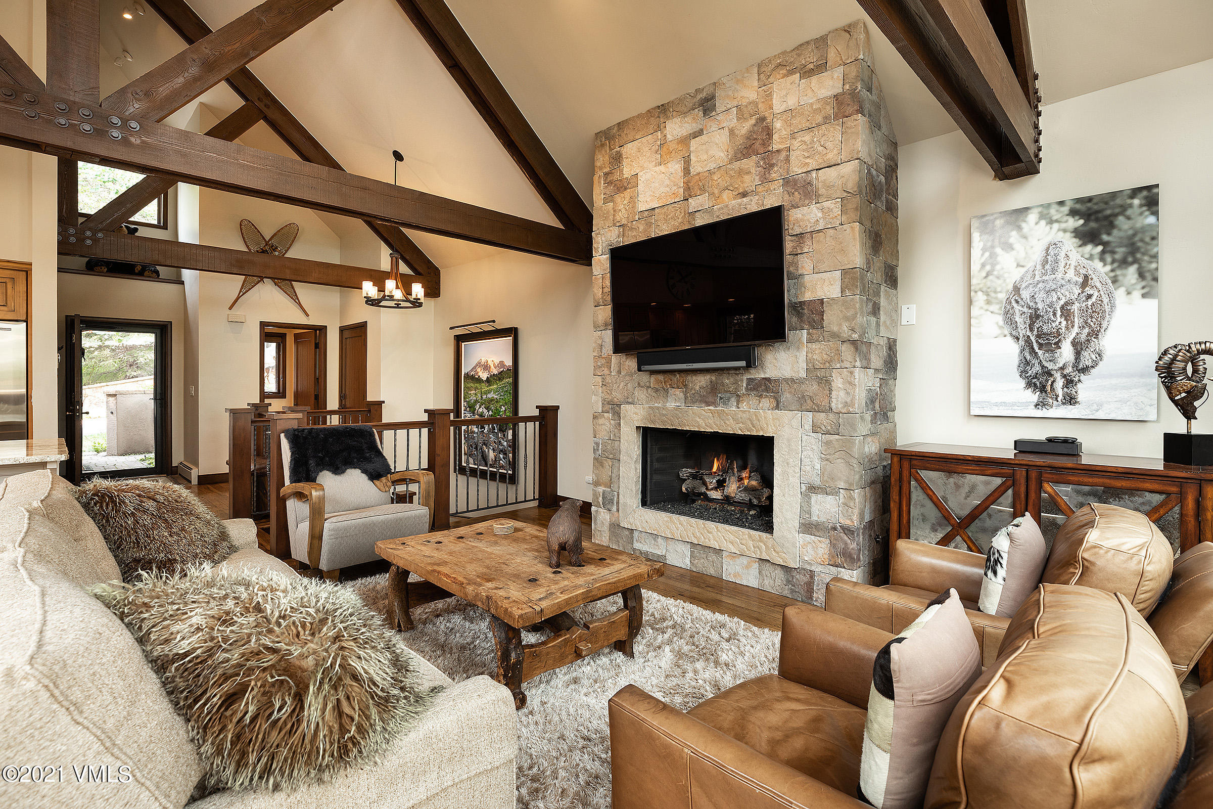 Experience genuine mountain hospitality when you stay with friends and family in this luxurious four bedroom slope-side home is  newly updated and remodeled, air conditioning on the main living level, a generous wrap around balcony for indoor and outdoor living, along with an excellent ski-in location.  Offering 2,140 square-feet of space, comfort and privacy, this stunning mountain vacation home features contemporary, elegant decor and state-of-the-art amenities.