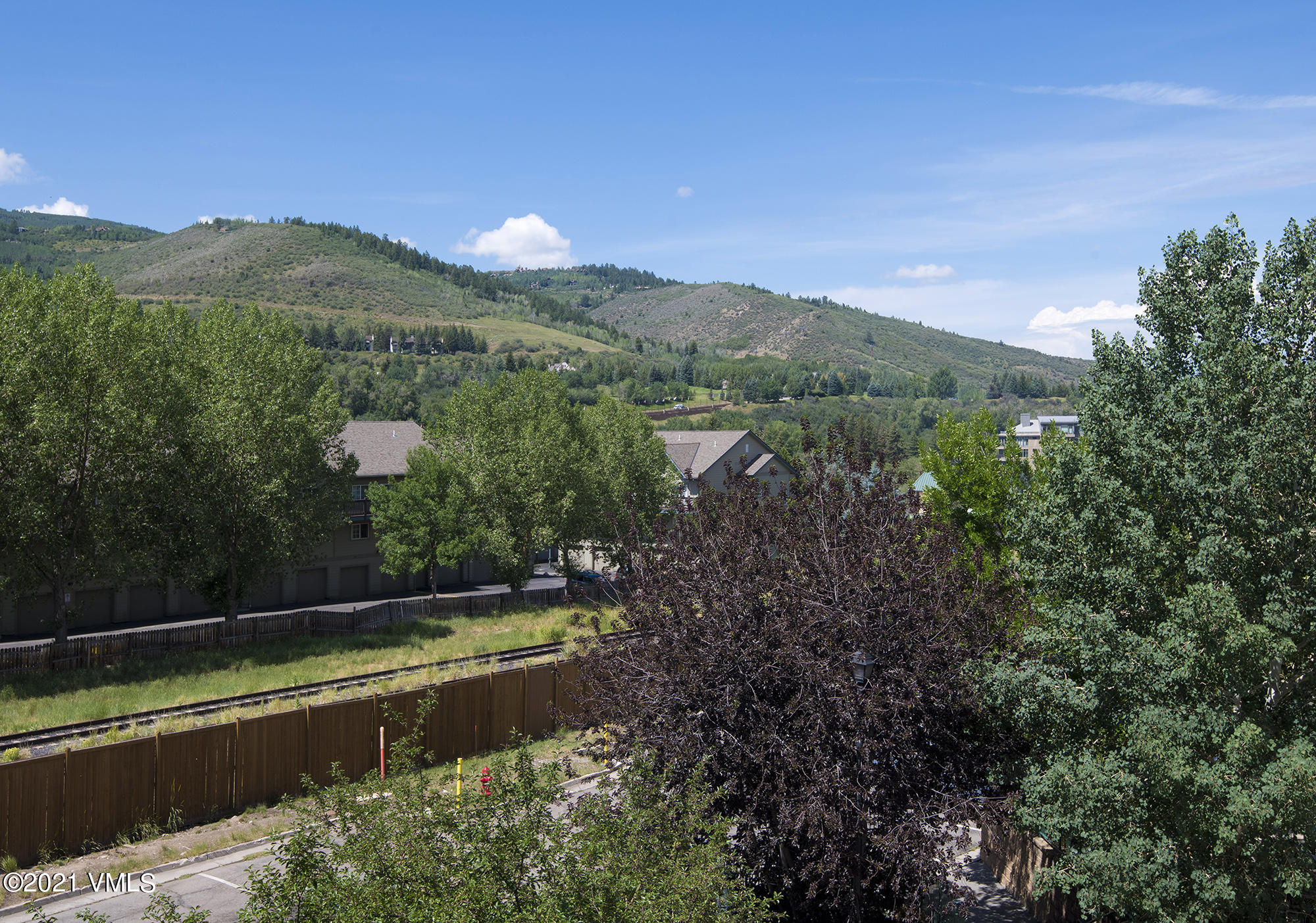 Well located 2 bedroom 2 bath condo in the heart of Avon. Assigned parking space, assigned storage and ski locker with additional guest parking available. New gas range, newer appliances including full sized stack washer and dryer. Close to elevator and stairs for easy access.