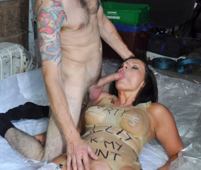Hd Mature Fucked Hard By A Stranger