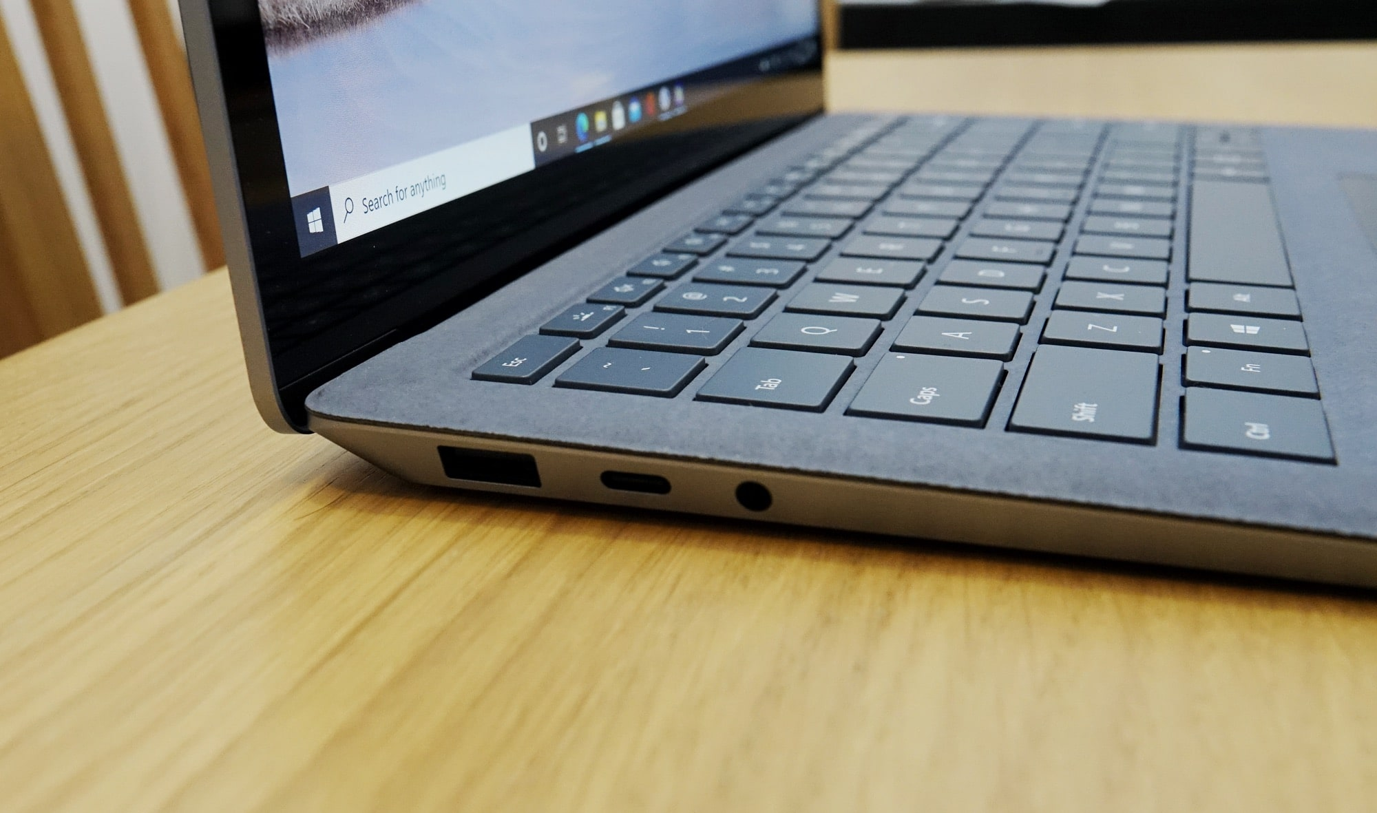 Surface Laptop 4 ports