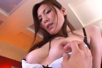 yuna shiina hot