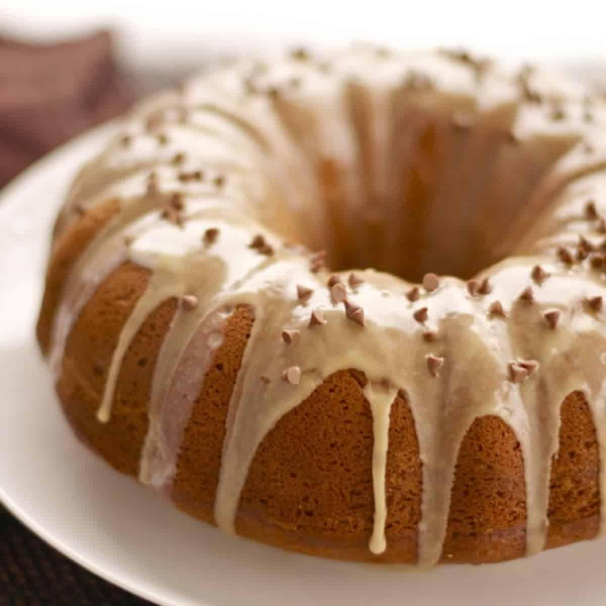 Boston Apple Coffee Cake