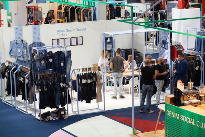Texworld, Texworld Denim, Leatherworld Paris, Avantex Paris, Services, Accessories, Apparel Sourcing,  Shawls&Scarves Paris, Michael Scherpe, The Fairyland For Fashion, Messe Frankfurt France,