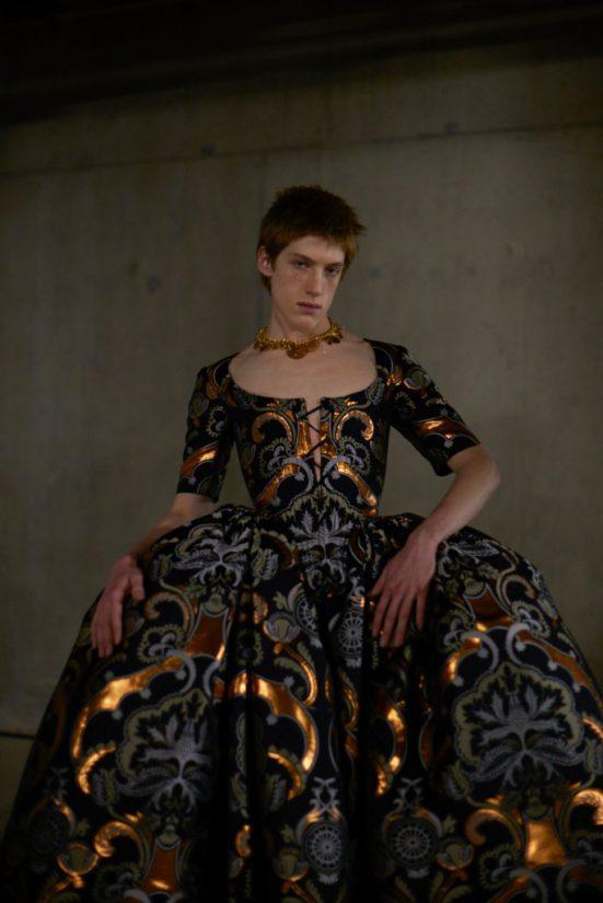 Semana de la Moda de Londres, Edward Crutchley