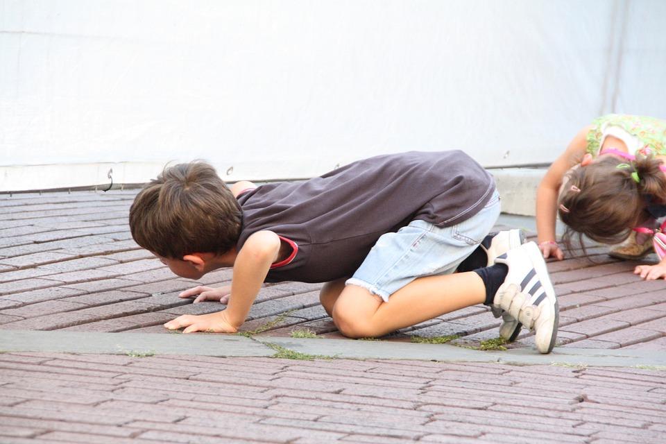 Children, Curious, Kneeling, Italy, Bergamo