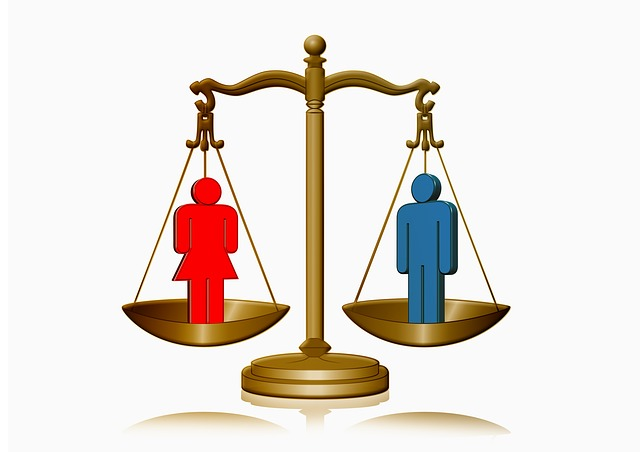Scales balancing the genders