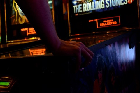 Bermain ke Tempat Arcade Games