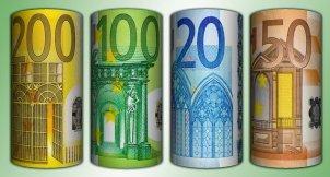 Geldscheine, Banknoten, Euro, Papiergeld und Kreditsuche!