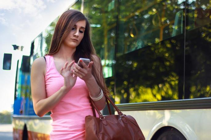Woman, Smartphone, Chatting, Girl, Pedestrian, Phone