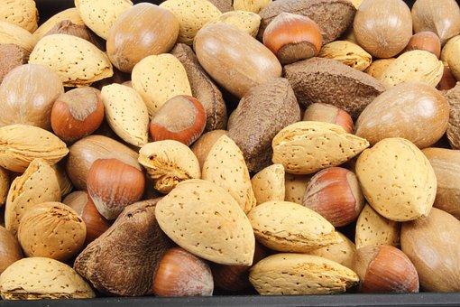 Mandeln, Nüsse, Haselnüsse