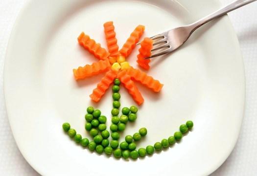 Mangiare, Carote, Piselli, Sano, Naturalmente