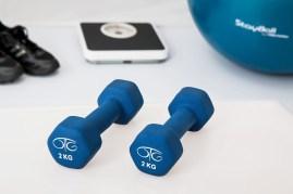 Physiotherapie, Krafttraining, Hantel, Übungsbälle