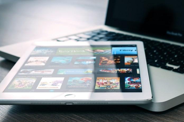 Macbook, Ipad, Office, Computer, Tablet, Apple, Screen