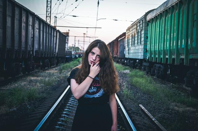 Free Photo Duvushka Train View Hair Dress Free