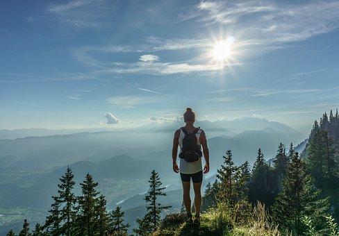 ハイカー, 立っている, 女性, 上, 旅, 冒険, バックパック, ハイキング