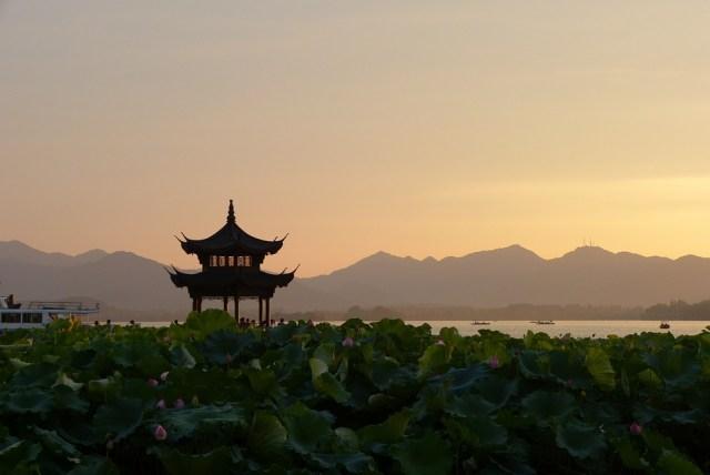 Znalezione obrazy dla zapytania wschody słońca chiny