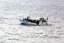 Boot, Wasser, Flüchtling, Flucht, Asyl, Politisch