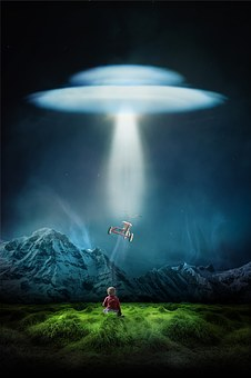 Child Alone Ufo Third Kind Evening Lonely