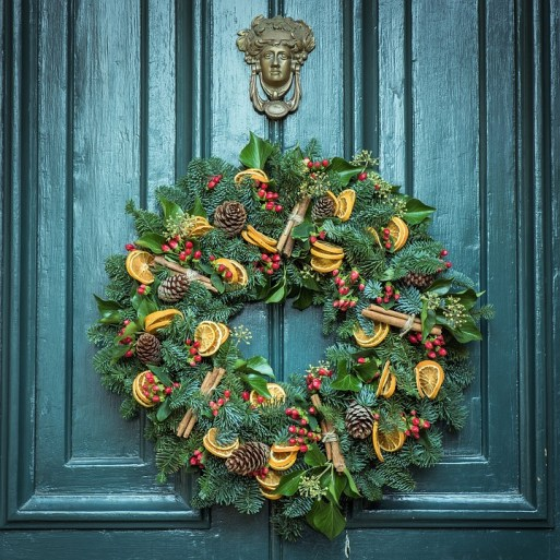 Christmas Vocabulary: Wreath, Learn English With Africa, December 2016