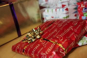 Christmas, Christmas Presents, Gifts, Xmas, Ribbon