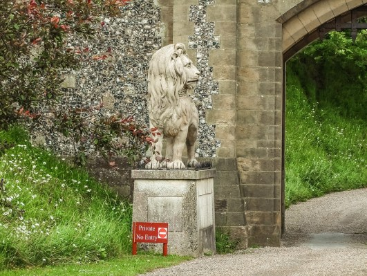Arundel Castle, Garden, Monument, Lion, The Statue Of