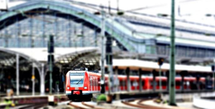 Sentralstasjonen, Jernbanestasjon, Tog, Köln